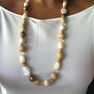 Wet Seal Jewelry - Neutral Bead and Plastic Necklace